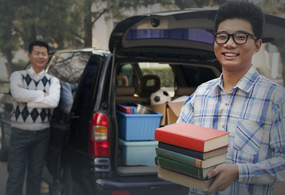 College students auto transport